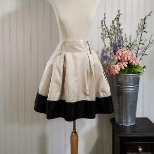 | forever 21 | tan & black circle mini skirt